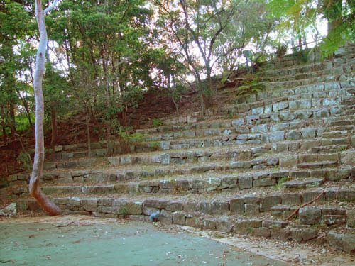 Located at the beginning of The Barricade, the Haven Amphitheatre seats 450 people. Nestled in the bush, it is a peaceful setting for Christmas carols and other community events.